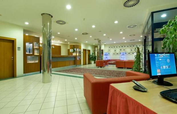 фото Ramada Airport Hotel Prague изображение №38