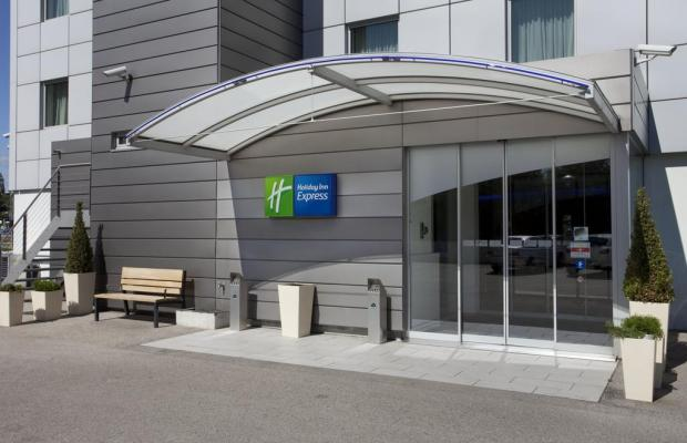 фотографии отеля Holiday Inn Express Geneva Airport изображение №19