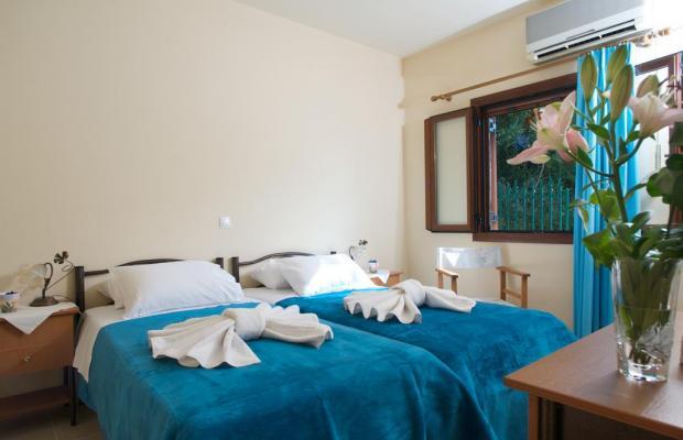 фото отеля Villa Doukas (ех. Villa Merlin) изображение №17
