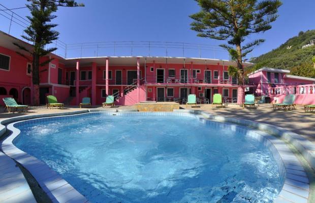 фото отеля Pink Palace Beach Resort изображение №1
