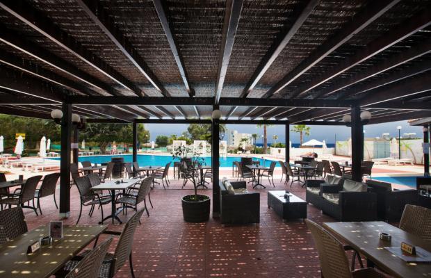 фотографии отеля Adelais Bay изображение №19
