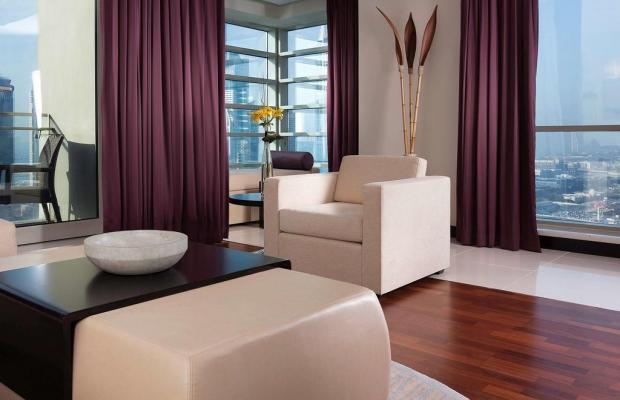 фото Pullman Dubai Jumeirah Lakes Towers Hotel and Residence изображение №2