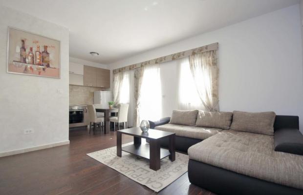 фото отеля Seaside Apartments Petrovac изображение №21