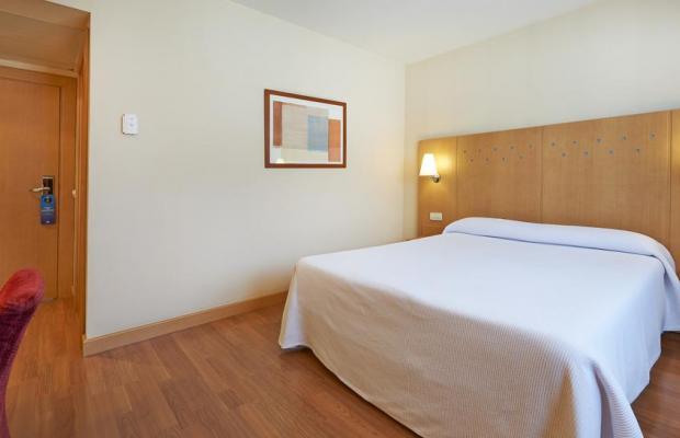 фотографии отеля NH Barcelona La Maquinista изображение №3