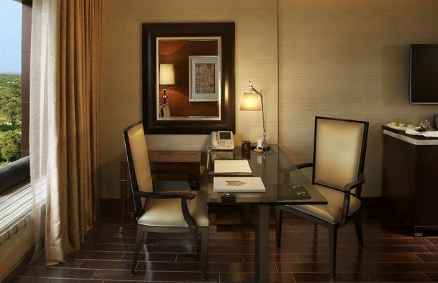 фото The Leela Ambience Gurgaon Hotel & Residences (ex. The Leela Kempinski Gurgaon) изображение №30