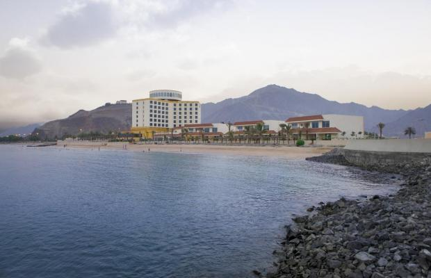 фото Oceanic Khorfakkan Resort & Spa изображение №38