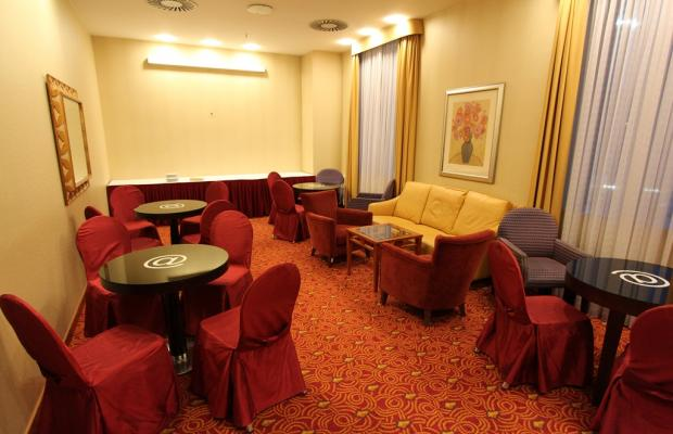 фото Courtyard by Marriott Warsaw Airport изображение №22