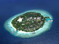 Bandos Island Resort & Spa, 4*