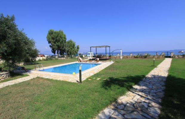 фото отеля Beachfront Barbati Villa 2 изображение №1