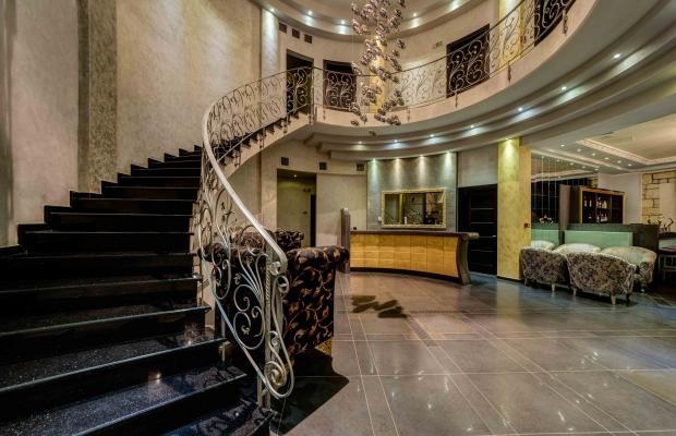 фото отеля Chateau Rond Suites изображение №33