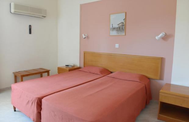 фотографии отеля Artemis Hotel Apartments изображение №7