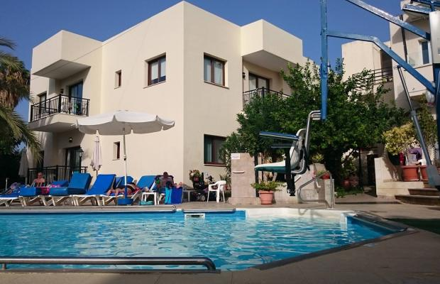 фото отеля C & A Tourist Apartments изображение №25