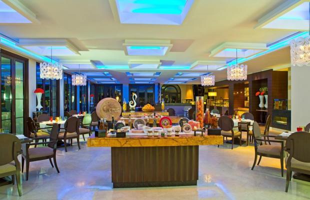 фото отеля Kempinski The Leela Palace Bangalore изображение №9