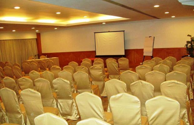 фото отеля Monarch Luxur изображение №9