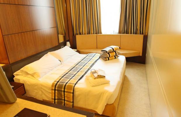 фотографии Hotel Carrobbio изображение №8