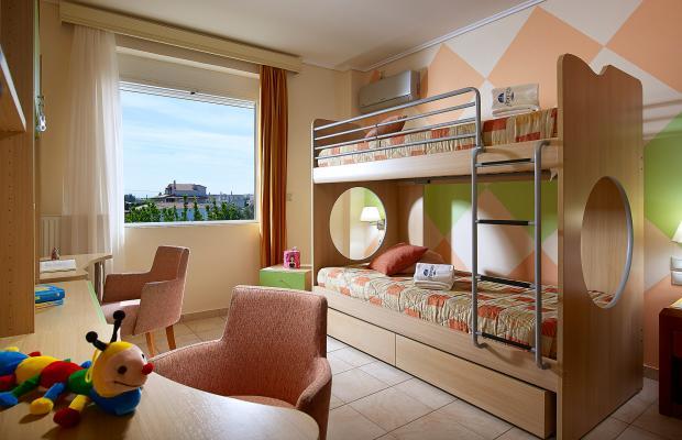 фотографии отеля Avantis Suites изображение №11
