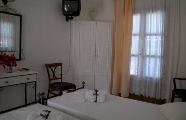 фото Roussos Beach Hotel изображение №18