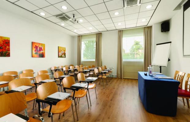 фото отеля Ramada Encore Bologna изображение №5