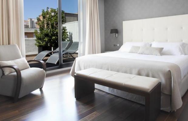 фото Aparthotel Mariano Cubi Barcelona изображение №2