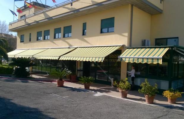 фото Laurence Hotel изображение №30