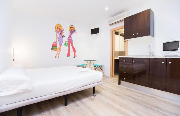 фотографии отеля AinB Las Ramblas Colon Apartments изображение №19