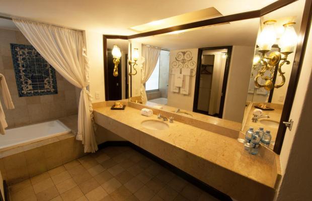 фото Country Hotel & Suites изображение №18
