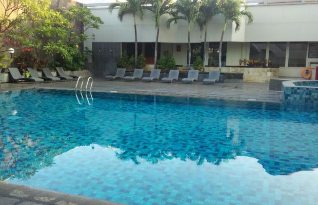 фото отеля Hotel Santika Premiere изображение №1