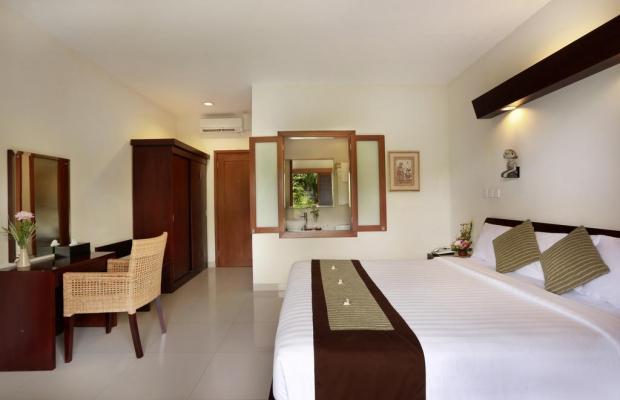 фотографии отеля Respati Beach Hotel изображение №7