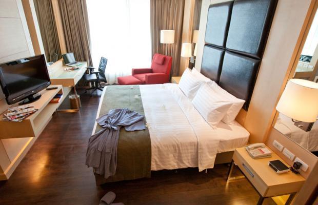 фотографии Sukhumvit 12 Bangkok Hotel & Suites(ex.Ramada Hotel & Suites) изображение №16