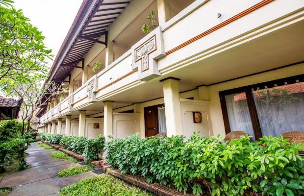 фото Besakih Beach Hotel изображение №2