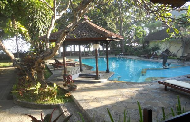 фото отеля Bali Lovina Beach Cottage изображение №1