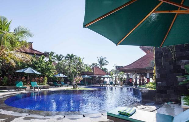 фото отеля Vila Shanti Beach Hotel изображение №1