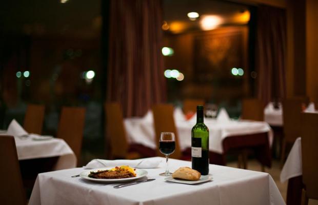 фото отеля Globales de los Reyes изображение №9