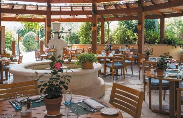 фото Terre Blanche Hotel Spa Golf Resort (ех. Four Seasons Resort Provence et Terre Blanche) изображение №34