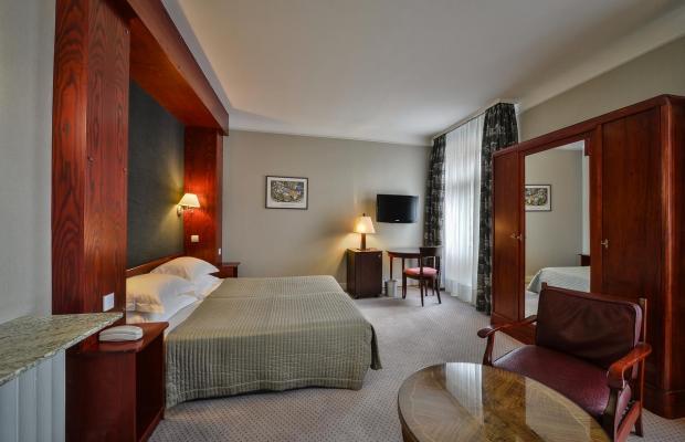фотографии отеля Maison Rouge изображение №27