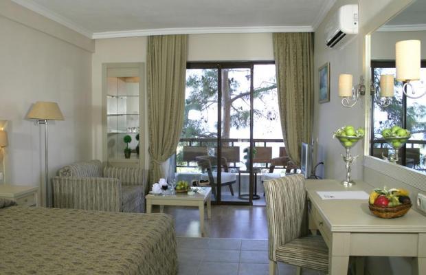 фото Utopia World Hotel изображение №34