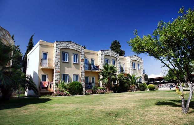 фото отеля Parilti изображение №1