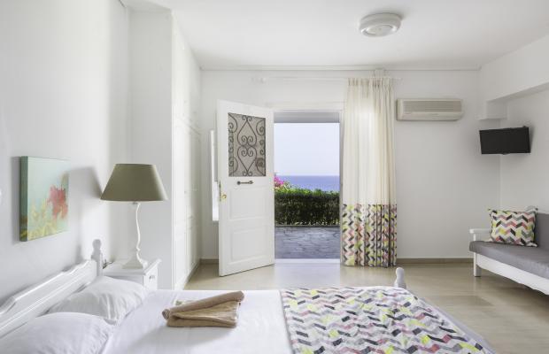 фотографии отеля Douka Apartments изображение №7