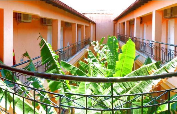 фото отеля Polychrono Beach изображение №9