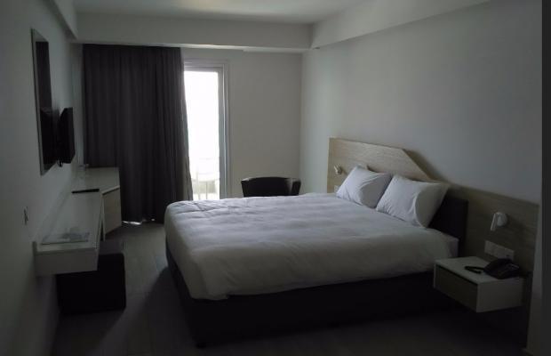 фото отеля Evalena Beach Hotel Apartments изображение №5