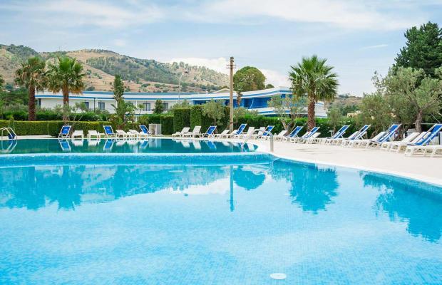 фото отеля Cala Longa Hotel Club изображение №1