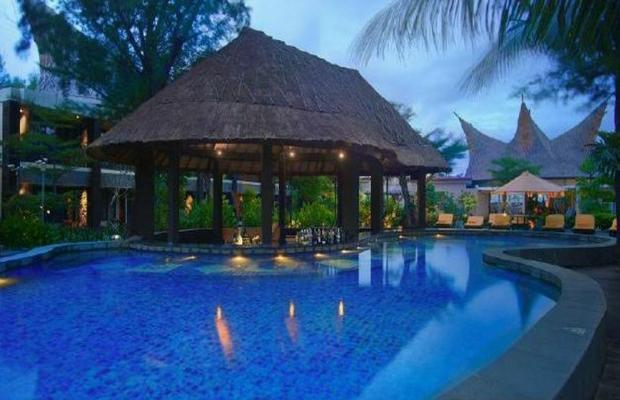 фото отеля Aston Sunset Beach Resort - Gili Trawangan (ex. Queen Villas & Spa) изображение №13