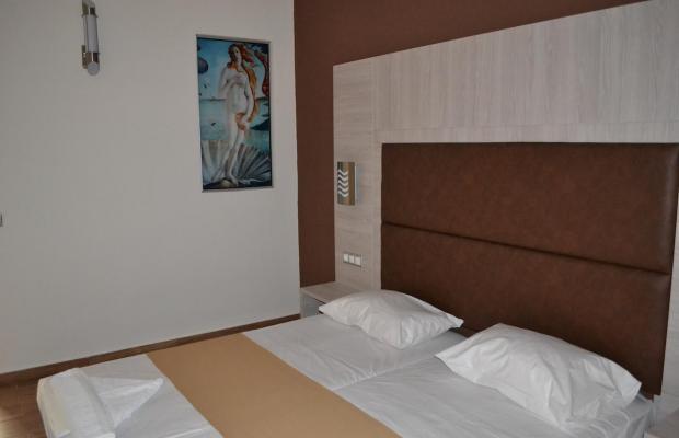 фотографии отеля Karavos Apartments изображение №43
