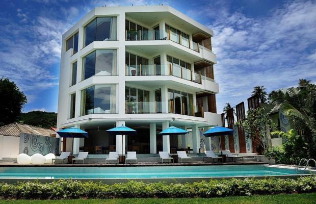 фото отеля Beachfront Phuket изображение №1