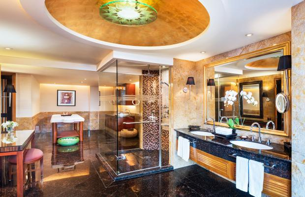 фото Royal Orchid Sheraton & Towers  изображение №26