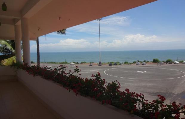 фотографии отеля The Sanctim Spring Beach Resort изображение №11
