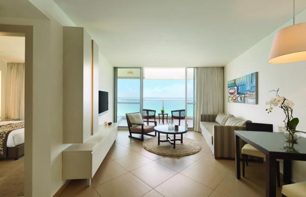 фотографии Ramada Hotel & Suites изображение №8