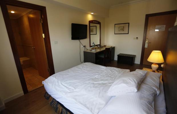 фото Ambassador Hotel изображение №22