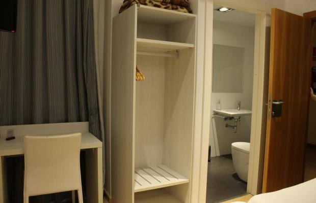 фото отеля Hostal Fina изображение №9