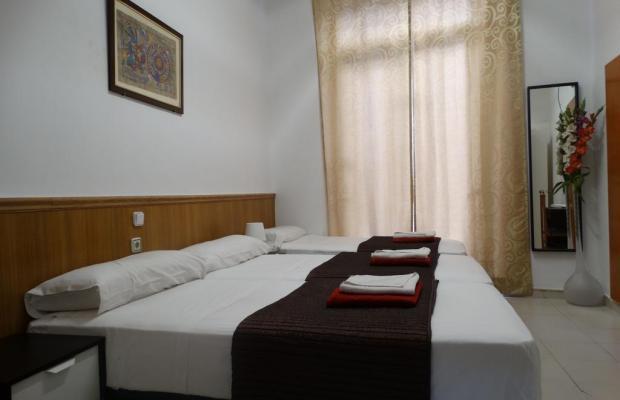 фотографии отеля Hostal Mont Thabor изображение №7